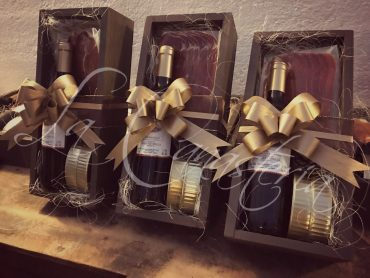 arreglos navideños corporativos, arreglos de vino navideños, regalos corporativos navideños, la canasteria navidad, la canasteria arcones, la canasteria canastas, regalos de vino navideños, regalos empresariales navideños