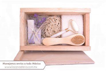 Cajas de Regalo con Kit de Spa de Lavanda