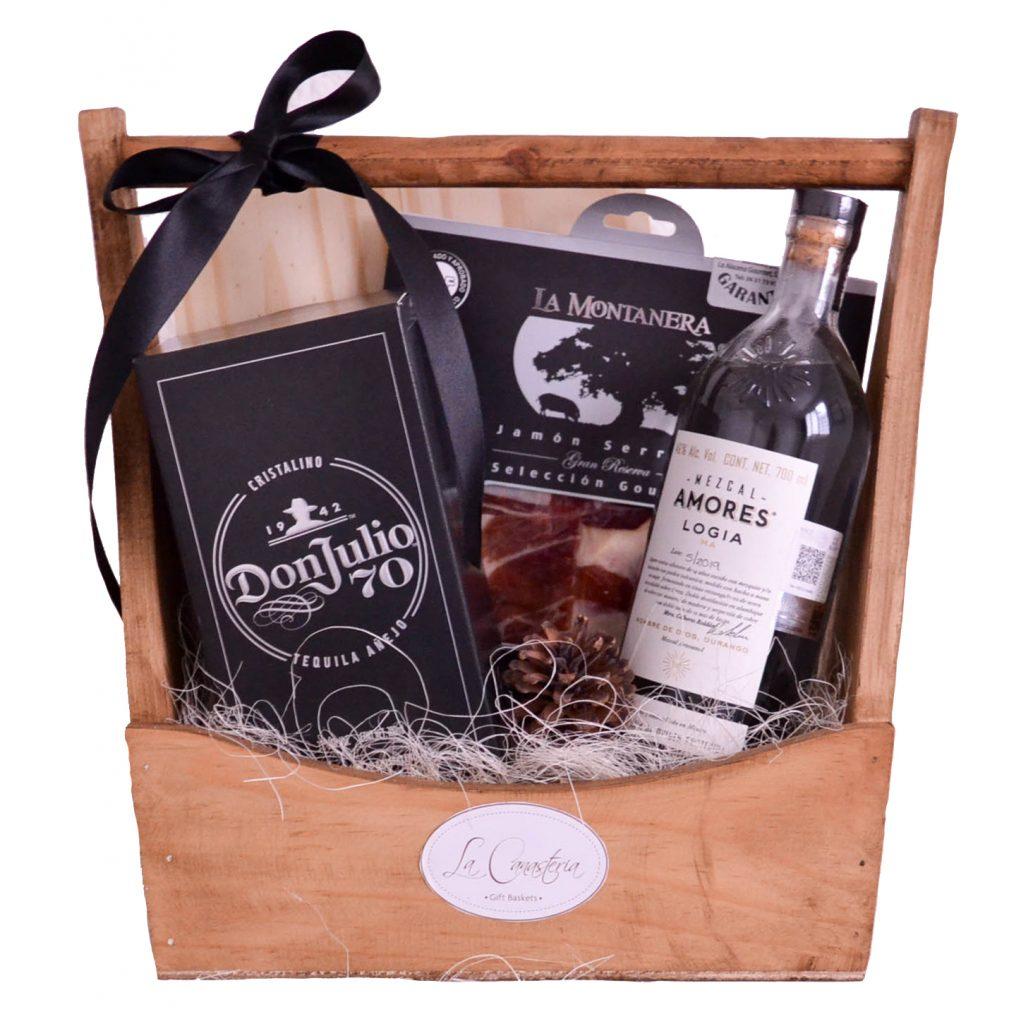 Finos Arcones Navideños con Tequila y Mezcal ideal para regalos en empresas